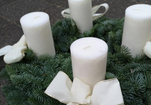 1.Advent ... 2
