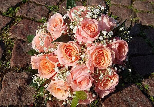 Brautstrauß Rosen Aprikot Pink